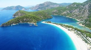 best-beaches-in-europe-oludeniz-beach-copyright-fkaymak