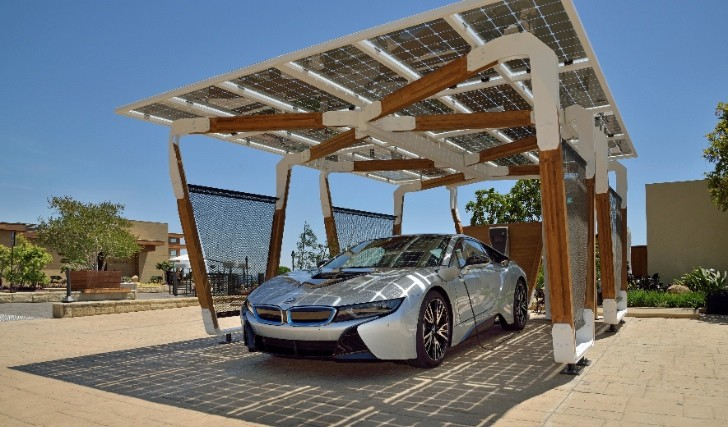 smart-home-charging-for-bmw-i-vehicles-using-solar-panels-shown-at-2015-ces-90777-7